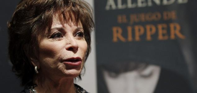ایزابل آلنده نویسنده اهل شیلی برنده مدال جایزه کتاب ملی آمریکا