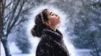 رمان «دختر برفی» اثر ایووین آیوی