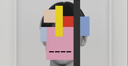 نگاهی به مجموعه شعر «با لبهای پاره خط» اثر سهیلا صادقی